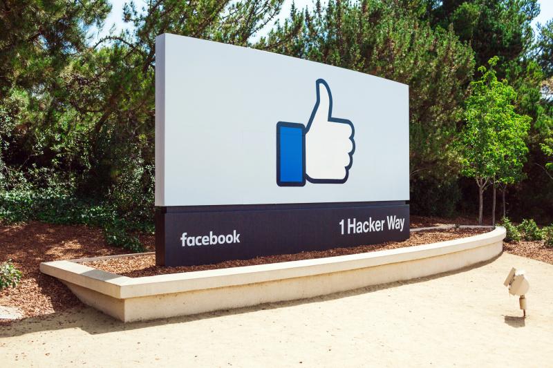 Facebook promete luchar contra el 'clickbait'